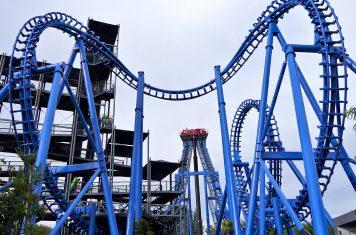 Attractieparken Boomerang achtbaan