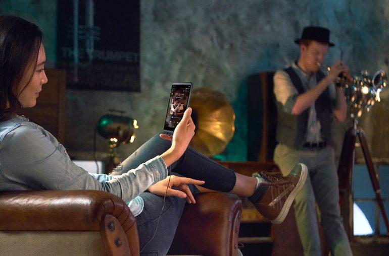 LG 2018 smartphone