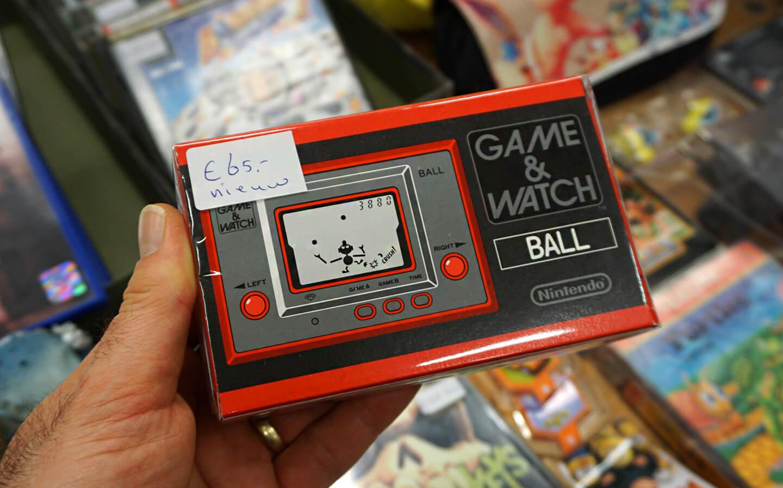 Nintendo handheld