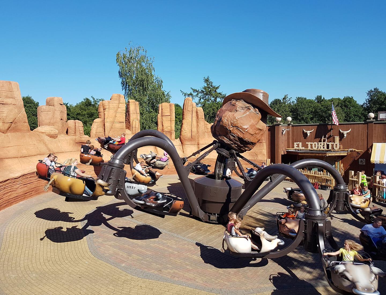 Openingstijden attractiepark Slagharen