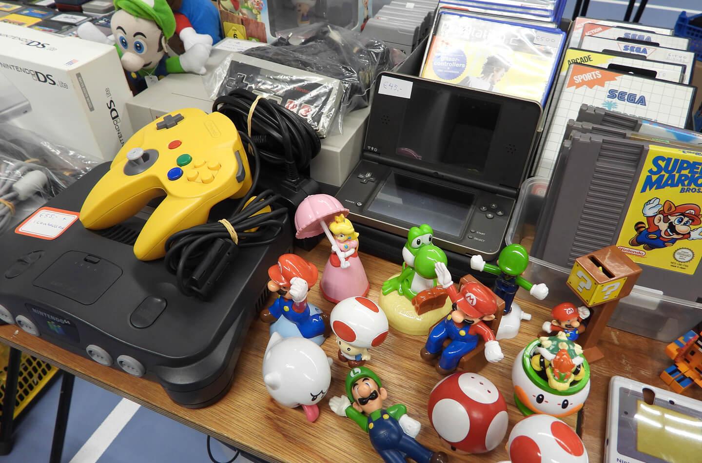 Marktplaats tweedehands game console