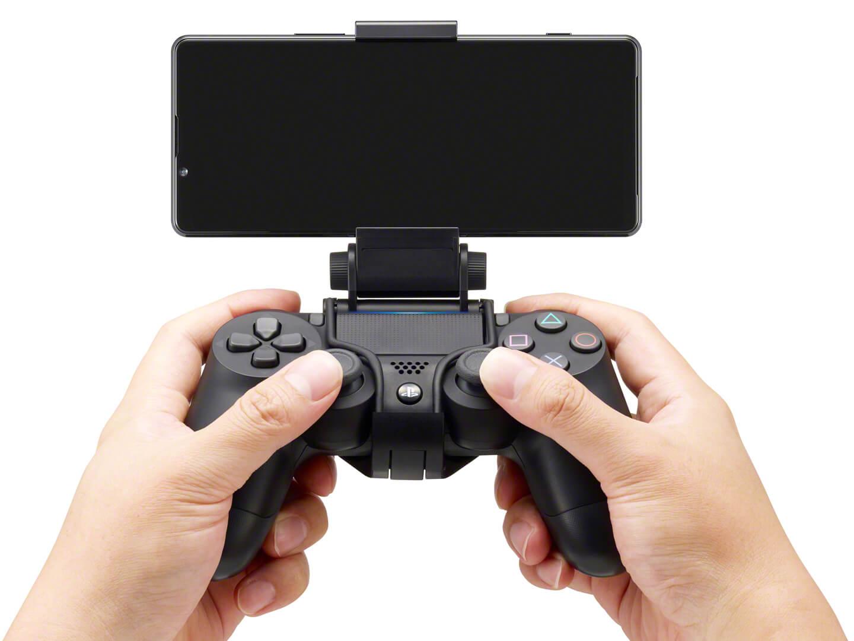 Dualshock 4 smartphone controller