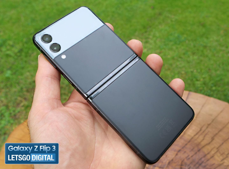 Samsung Z Flip camera